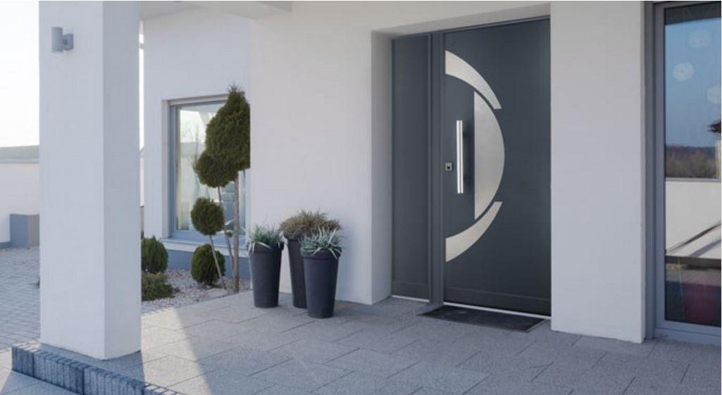 Stylea : porte d'entrée grandes largeurs